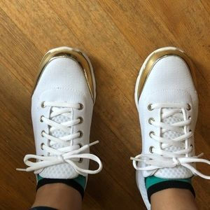 Just Fab Gold & White Sneaker